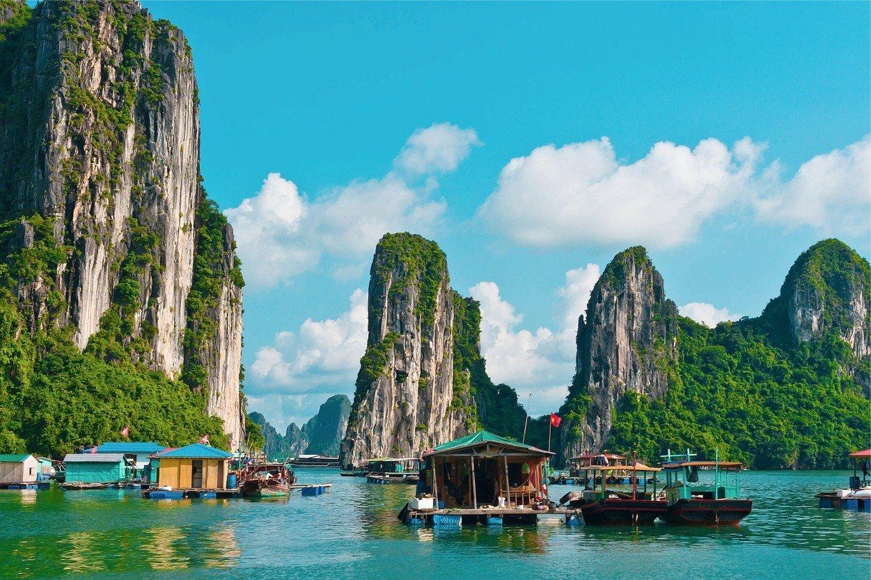 Бухта Халонг, Вьетнам. Halong Bay, Vietnam