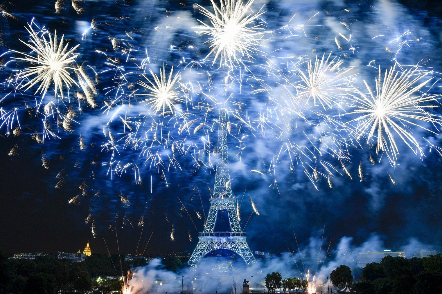 Bastille Day in Paris, France. Праздник День взятия Бастилии. Париж.
