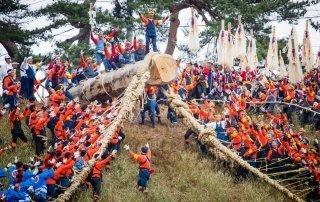 Suwa's Onbashira, Mihashira, Japan. Омбасира фестиваль, Япония.