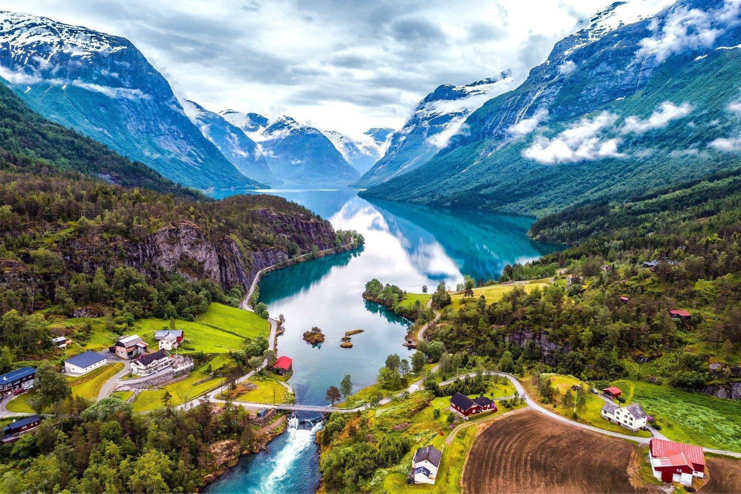 Fjords Norwegian. Norway. Фьорды Норвегии