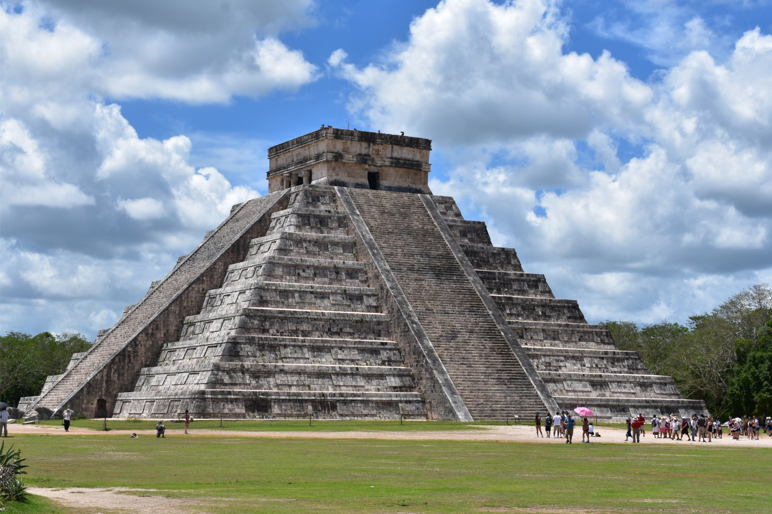Chichen Itza. Travel. Чичен-Ица. Туризм