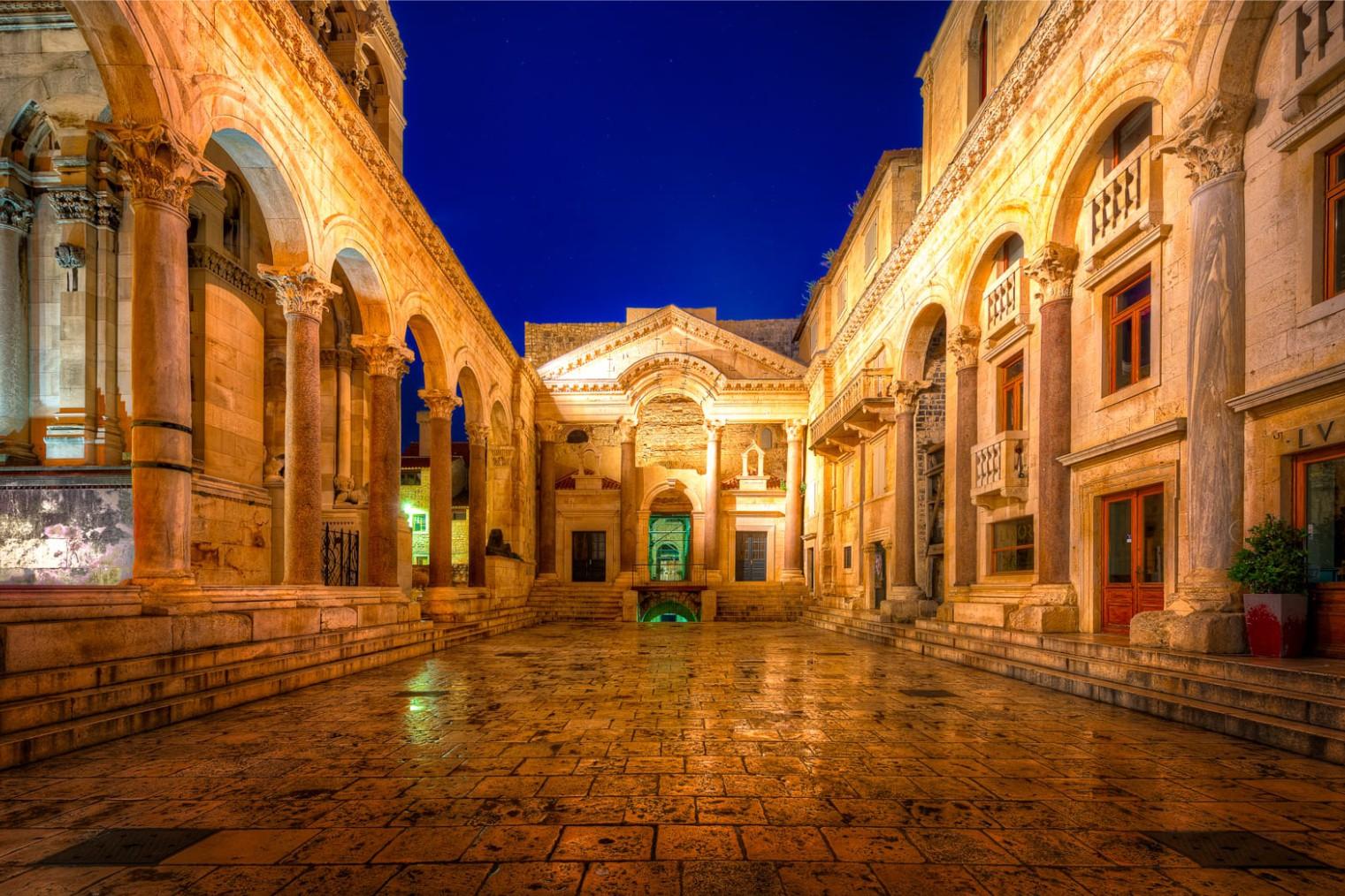 Split, Travel. Сплит, Туризм