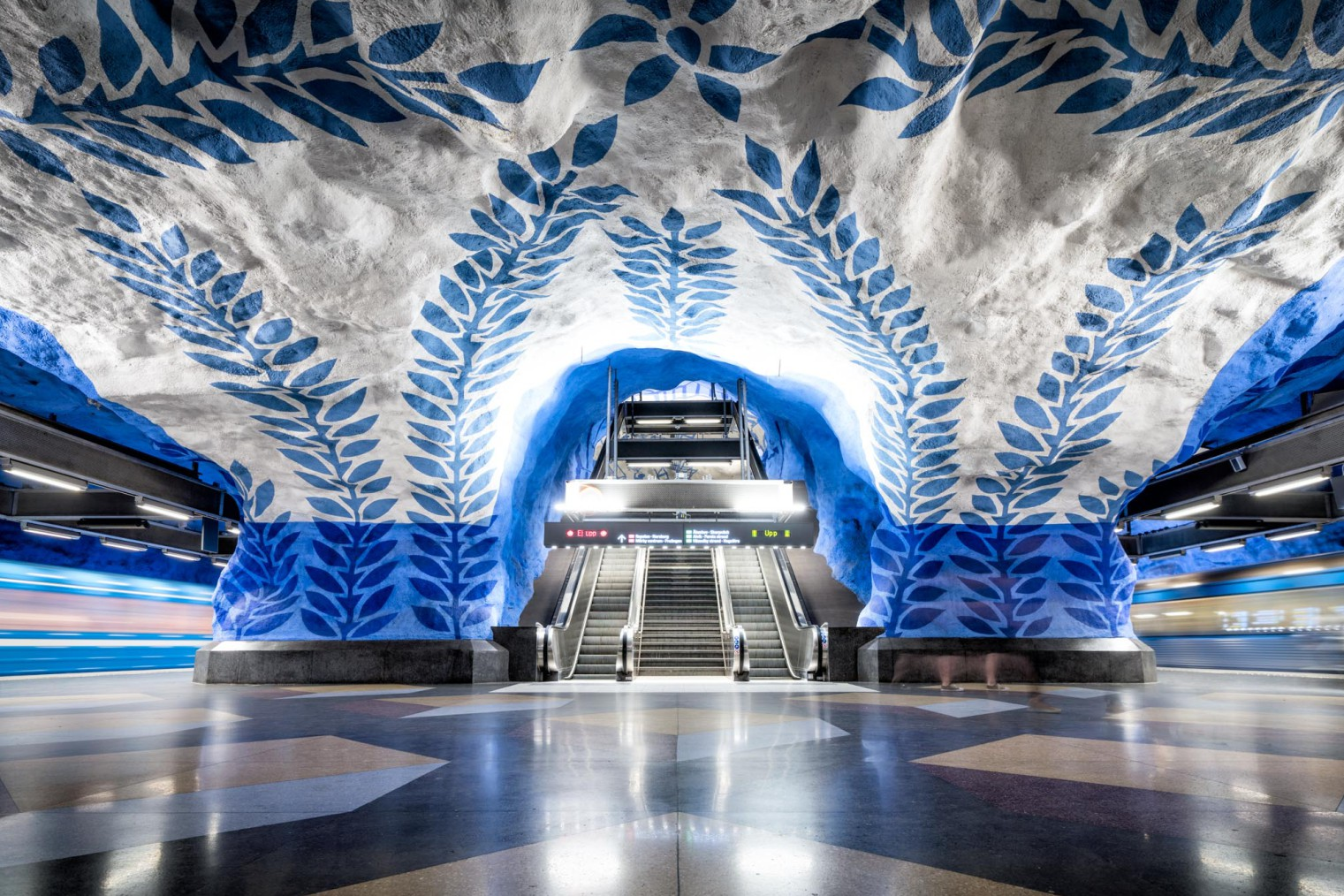 Stockholm metro (Tunnelbana), travel. Метро Стокгольма, туризм